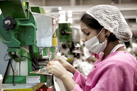 manufacturing-industry-hd-4100-e1429769316547